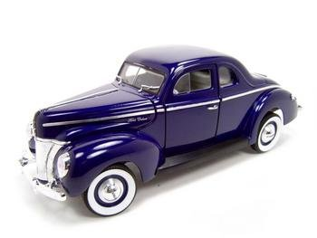1940 FORD DELUXE COUPE BLUE 1:18 DIECAST MODEL
