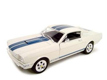 1966 SHELBY MUSTANG GT-350 WHITE 1:18 DIECAST MODEL
