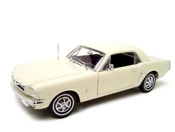 1964 1/2 FORD MUSTANG HT 1:18 DIECAST MODEL