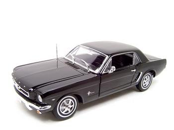 1964 1/2 FORD MUSTANG BLACK HT 1:18 DIECAST MODEL