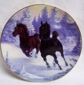 HAMILTON COLLECTORS PLATE - WINTERS THUNDER - HORSE HORSES
