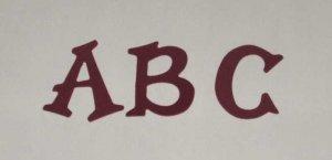Scrapbooking Sizzix Fun Serif Alphabet - Burgundy