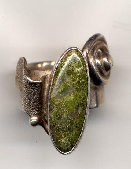 Unikite Ring