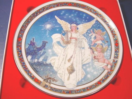 Royal Windsor 1990 Adeste Fideles Christmas angel plate porcelain china Jack Woodson, box