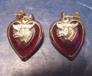 Loyal Order of Moose WOTM Women of the Moose vintage red heart pierced hearts earrings