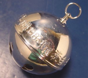 1983 Wallace silverplate silversmiths bell silver candle bells Christmas ornament 13th annual