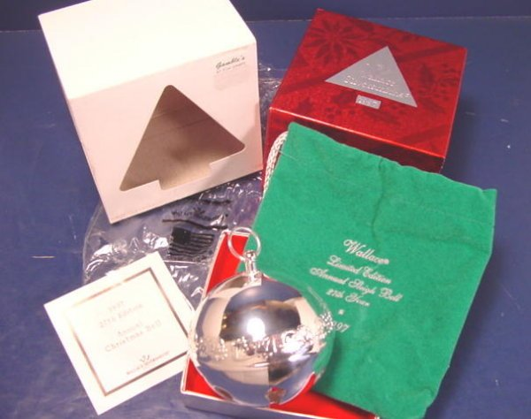 1997 Wallace Silversmiths 27th annual silverplate Christmas silver sleigh bell Santa Claus ornament