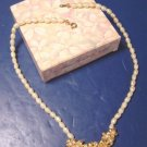 Golden Bouquet necklace Avon vintage 1988 faux fresh water pearls ivory color metal flowers, box