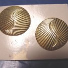 1980s vintage Avon Elegant Oval textured pierced earrings goldtone metal, no box