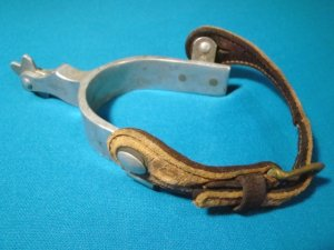 Spur Crockett Renalde western cowboy horse riding tack CR horseshoe mark leather strap star wheel