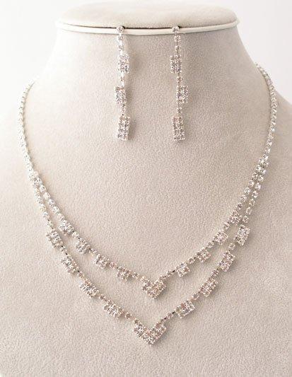 """""""Opera"""" Evening Wear Necklace/Earring Set Reg $39.99"""