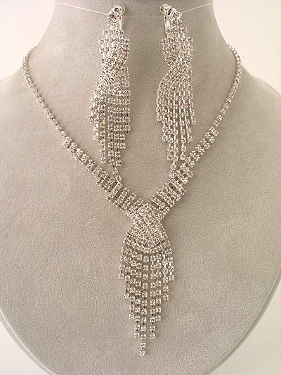 Stunning Twist CZ Necklace/Earring Set - Magnificent $59.99