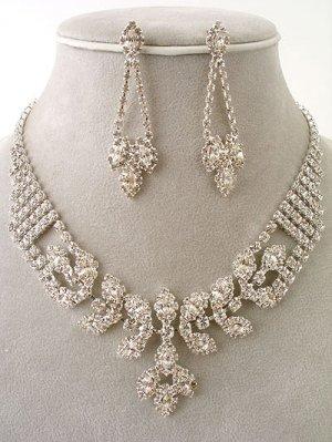 """""""Elizabeth"""" Necklace/Earring Set Reg $69.99"""