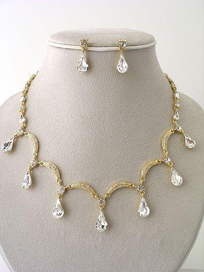 """Victoria"" Necklace/Earring Set Reg $69.99"