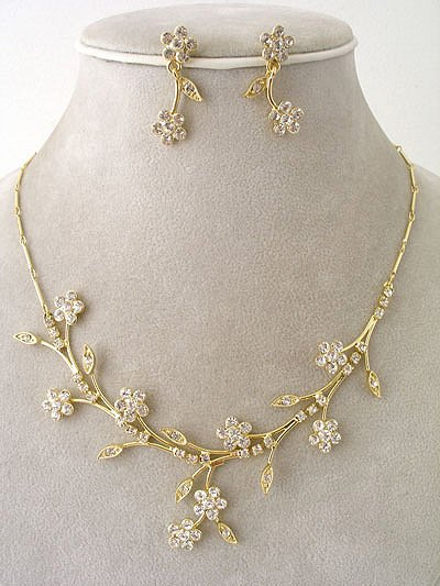 """Bridal party"" Designer Flower Necklace/Earring Set Reg $49.99"