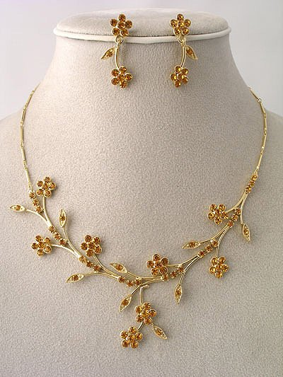 """Bridal Party"" Designer Flower Necklace/Earring Set Tangerine Reg $49.99"