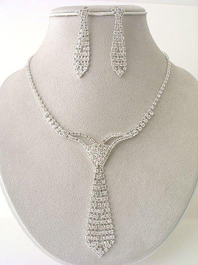 HK Design Necktie Necklace/Earring Set Reg $69.96