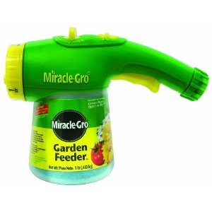 Miracle-Gro Lawn and Garden Feeder