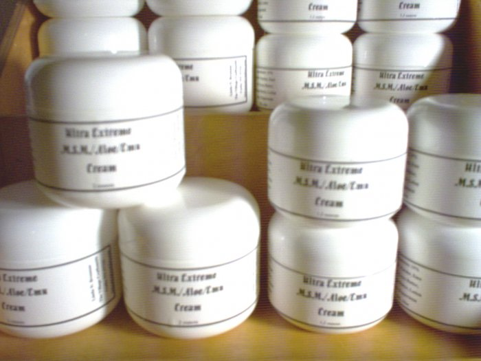 Handmade MSM Aloe Emu Oil Deep Massage Cream (Large) by The Village Craftsmith