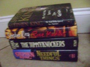 lot of 4 stepphen king books hardcover