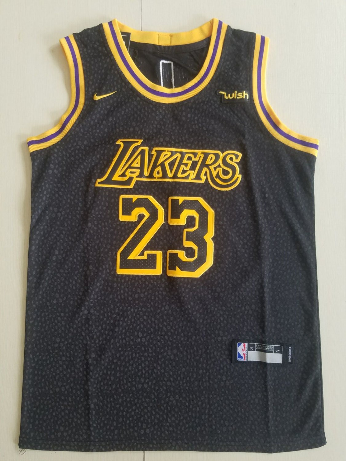 76a990223bf2 Youth boys lebron James lakers jersey black