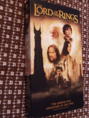 THE LORD OF THE RINGS THE TWO TOWERS used VHS $3.00 shipping included