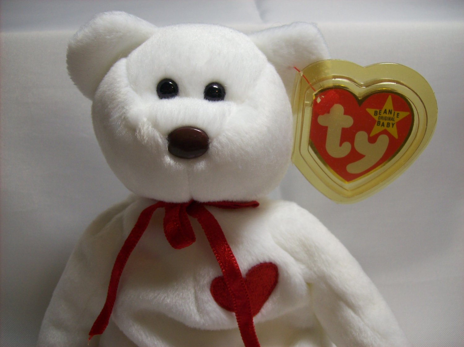 Beanie Baby  TY Beanie Baby   VALENTINO  red hearted bear dd8cd2f4f441