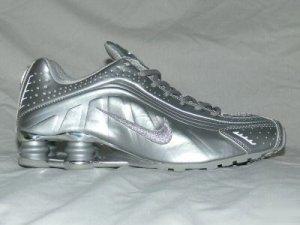 Silver Nike Mens Shox R4 9