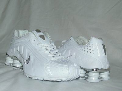 White Nike Mens Shox R4 US 10.5