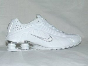 White Nike Mens Shox R4 US 11