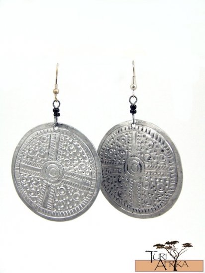 Product ID: 77     Etched Aluminum Large Disks Earrings  W 2 Black Beads