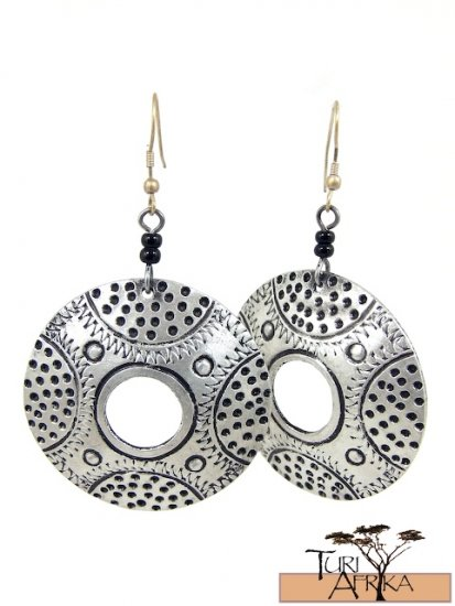 Product ID: 79     Etched Auminum Ring Earrings  W 2 Black Beads