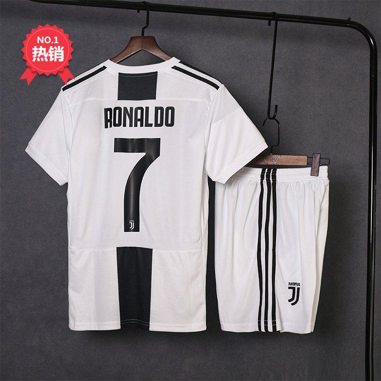 2e753fa13 Juventus Cristiano Ronaldo Soccer Jersey Football Jersey Home t-shirt with  shorts 18/19