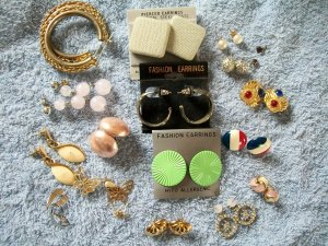 18 Piece Earring Lot