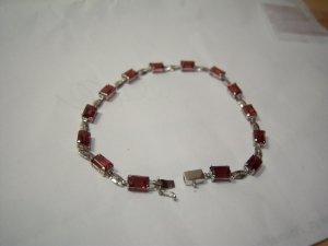Genuine Garnet & 9K White Gold Bracelet . MSRP: $350.00