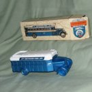 AVON COLLECTOR BOTTLE GREYHOUND BUS GREAT COND. k50
