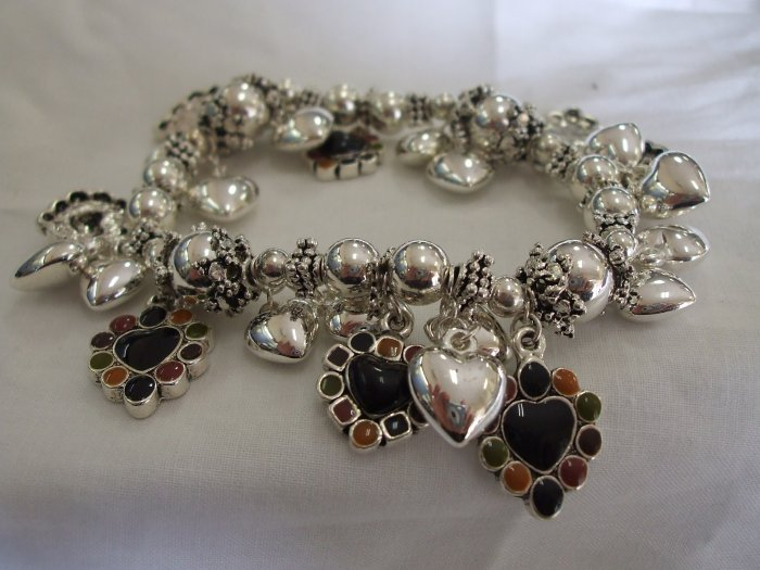 Charm Bracelet with Hearts
