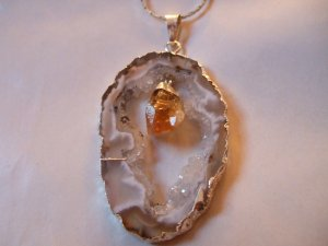 Geode Slice with Citrine Point Dangle Necklace   (ERJ07)