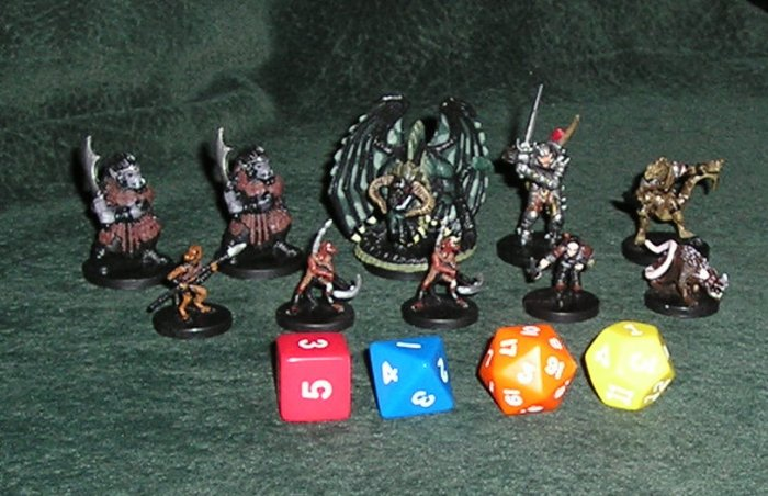 D&D 10 Figures With 4 Dice Replacement Parts For Dungeons & Dragons Basic Game
