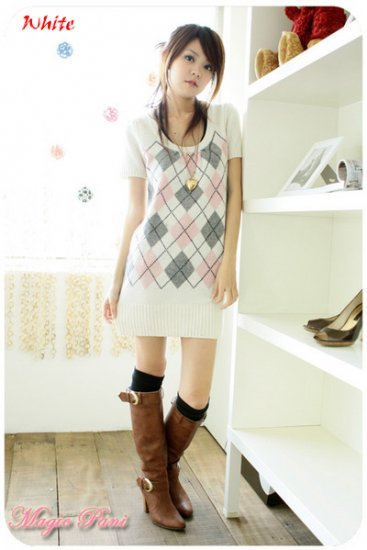 JE 2232 Fashionable Pattern Knitting Wool One Piece
