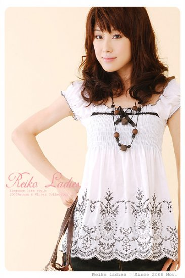 ED903 Korean gothic floral Top -White