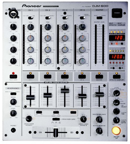 DJM-600- mixer