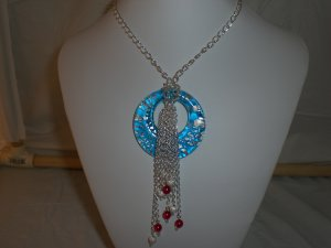 Beautiful Focal Glass Necklace