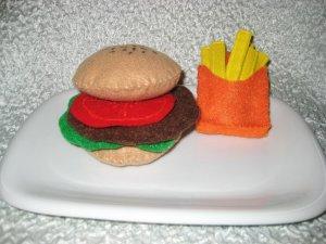 Childrens playtime Felt Burger set