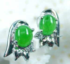 Brand 'LIYING'Fashion 925 Sterling Silver  Earring With Natural Emerald