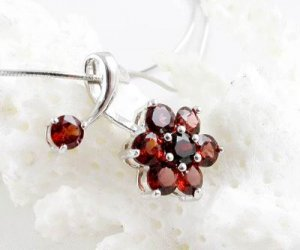 Brand 'LIYING'Fashion 925 Sterling Silver  Pendants With Natural Ruby
