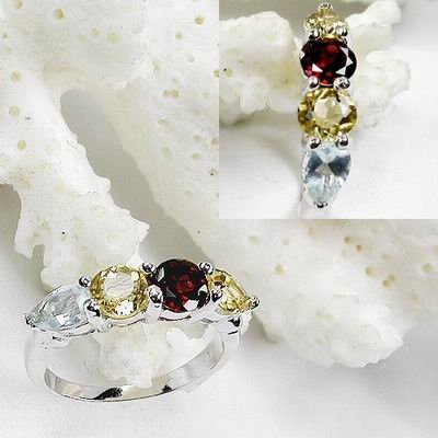 Charming 925 Sterling Silver Rings With Natural Ruby