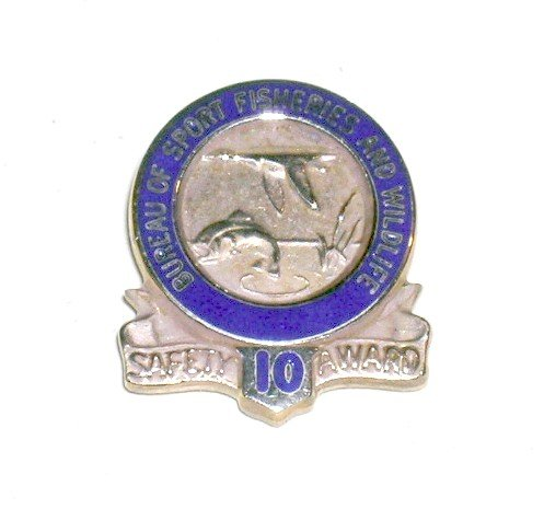Bureau of Sport Fisheries and Wildlife 10 year Safety Award tie tack gold US Fish & Wildlife Service