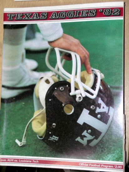 Texas A&M Aggie Football Program UT Arlington Mavericks College September 18, 1982  Vol.1,  No.2