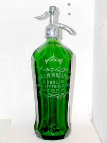 7-Up Green Seltzer Bottle 10 panel sides Hiram Wheaton & Sons New Bedford Mass.